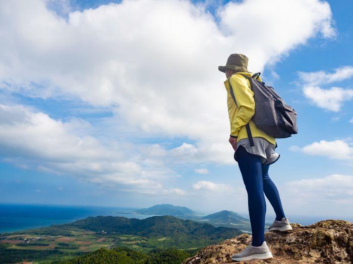 山登りが趣味です。山登り用ウェアをかわいらしくコーディネートするコツを教えてください。
