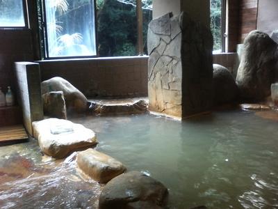 新川渓谷の岩風呂
