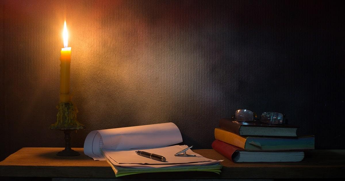 夜に紙とペンで書き出す習慣01