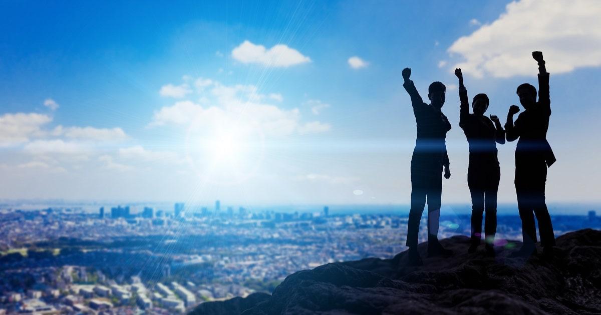 """成功と高年収をつかみ取るために必要な、知性 """"以外"""" の大切なもの。"""