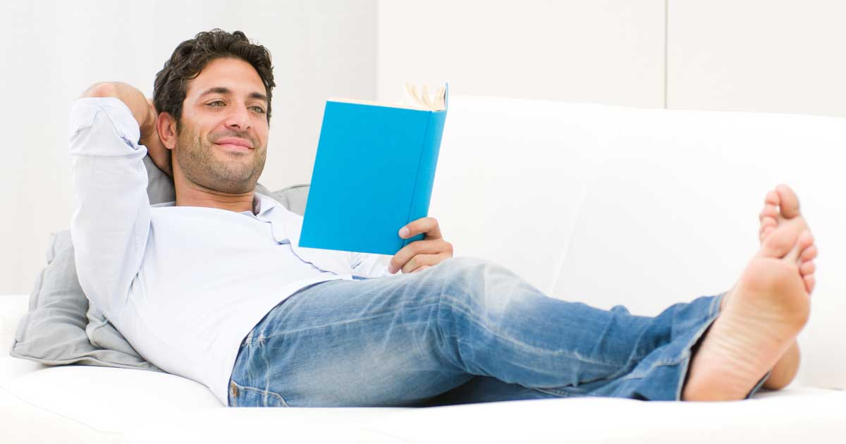 社会人には、英語の勉強、資格試験のための勉強、そして読書がおすすめです