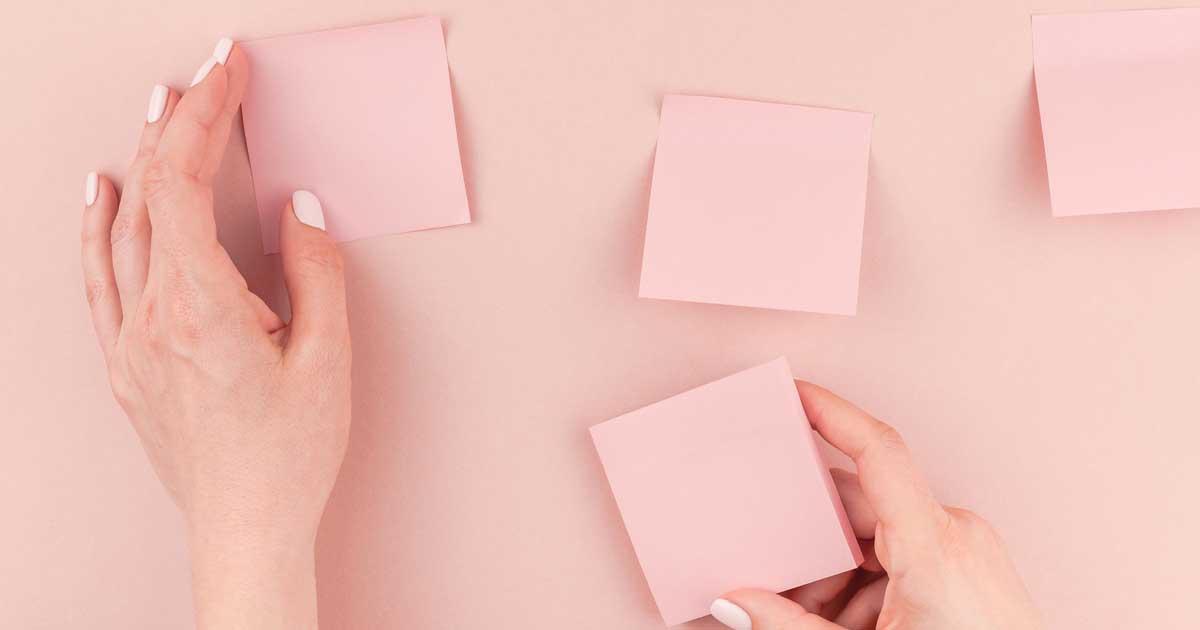 情報の整理に便利な勉強ノート術「付箋ノート」
