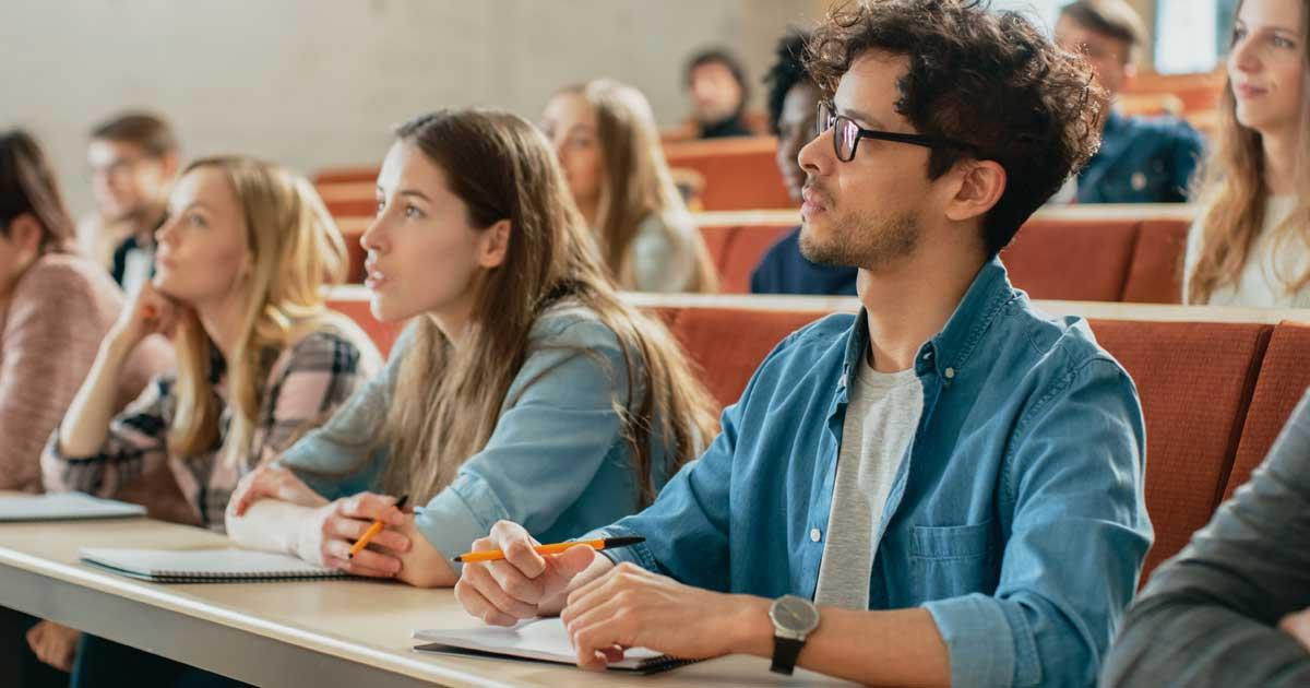 ノートをとるタイミングをも考慮することが、効果的な勉強には必要です