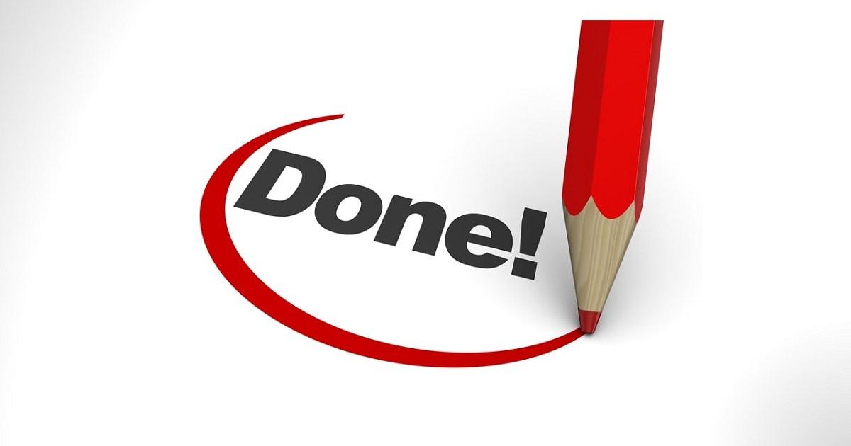 赤鉛筆でDONE(やった・できた)に丸をつけているイラスト
