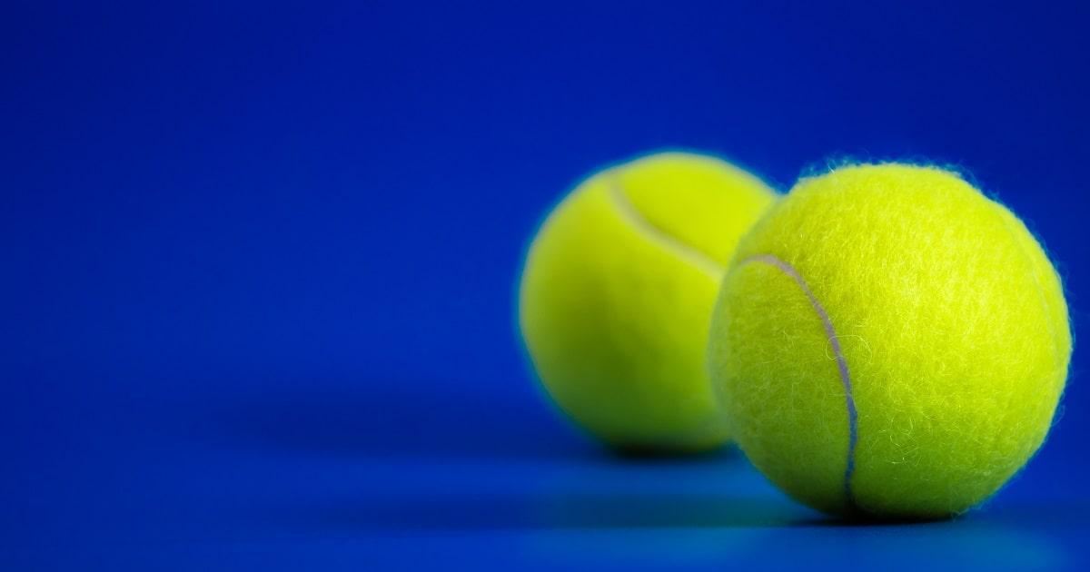 2つのテニスボール