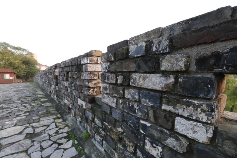石頭城遺跡、城壁上2