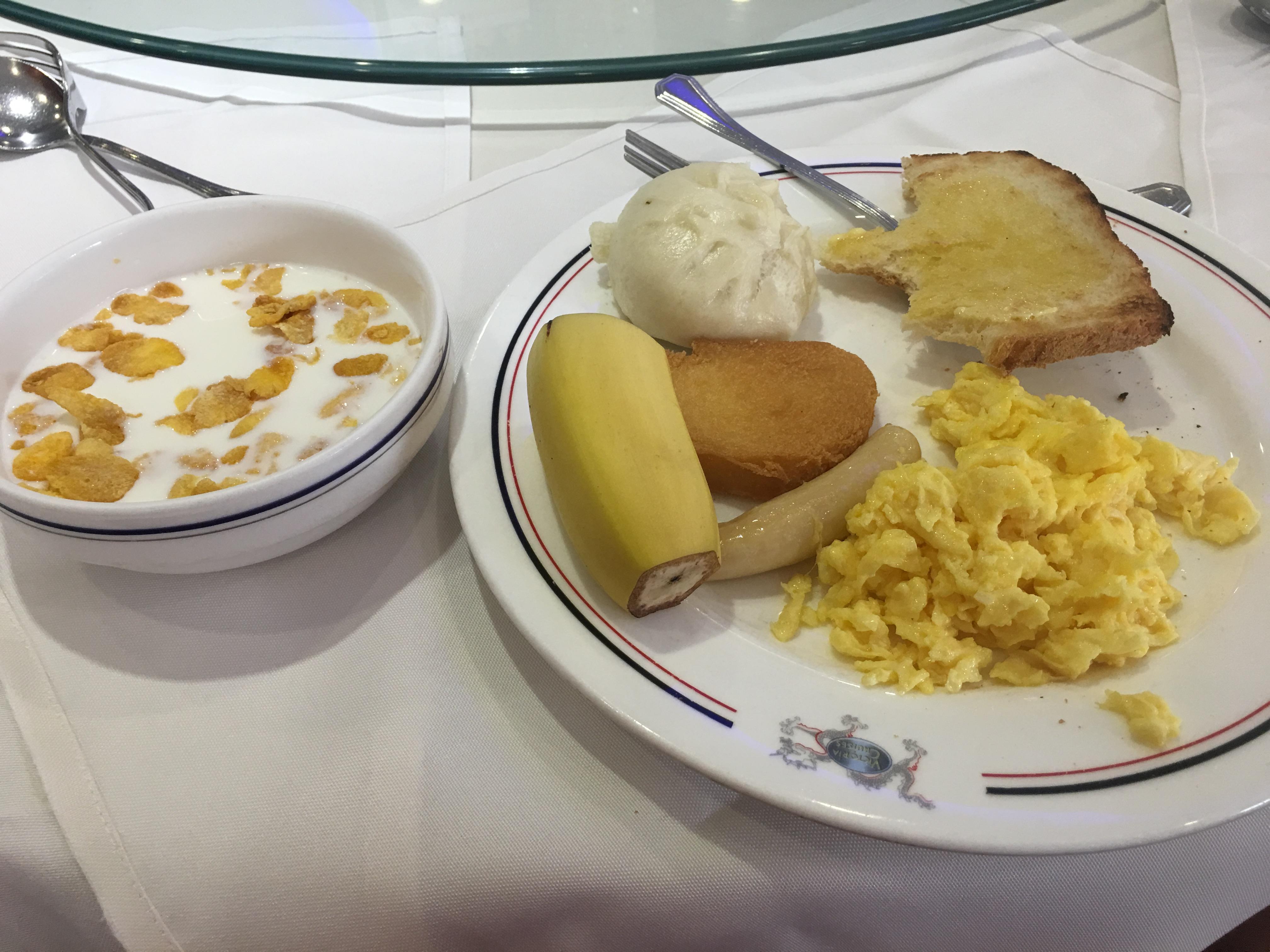 ビクトリア号朝食
