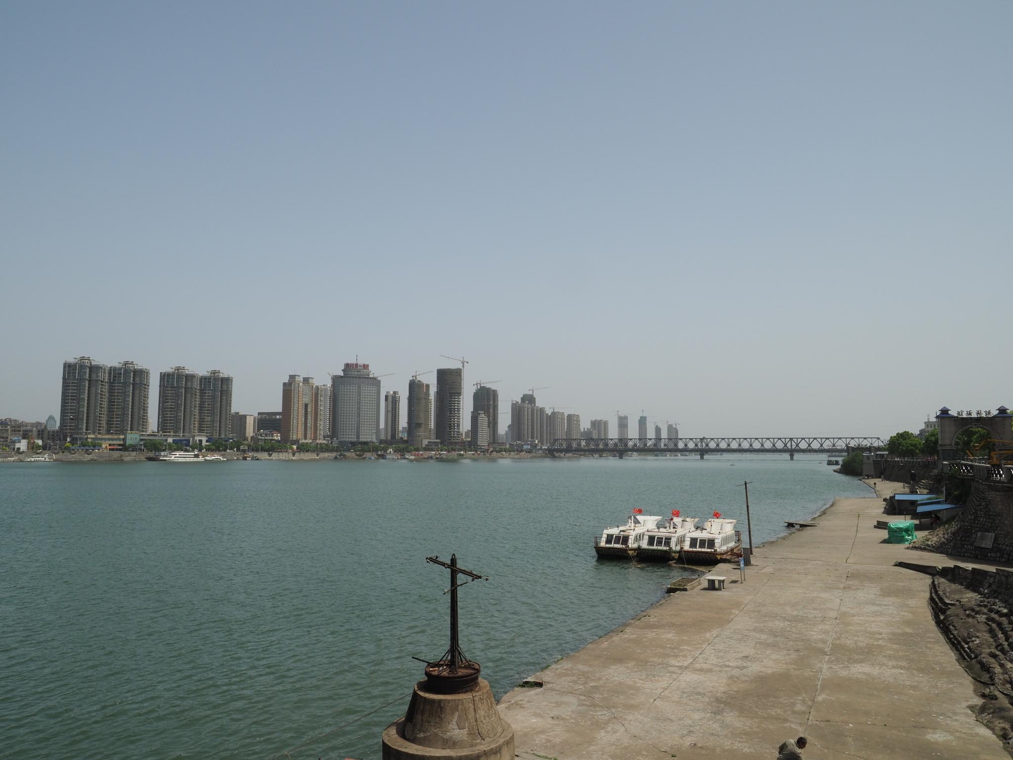 襄陽城北街
