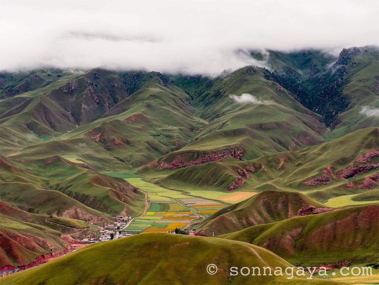 祁連-卓尔山地形絶景 雲海