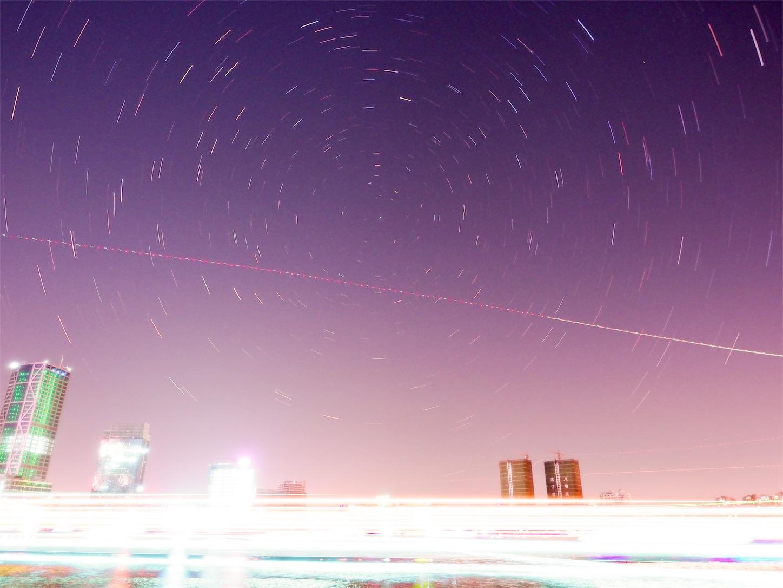 上海の北の空星の軌道撮影