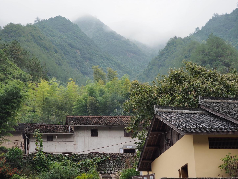 独山村(山)