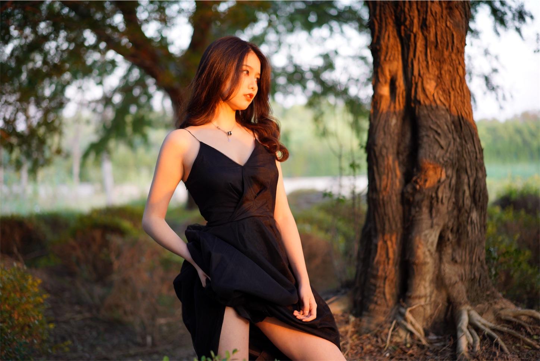 森の中の美女と太陽・ポートレート写真6・α7S2