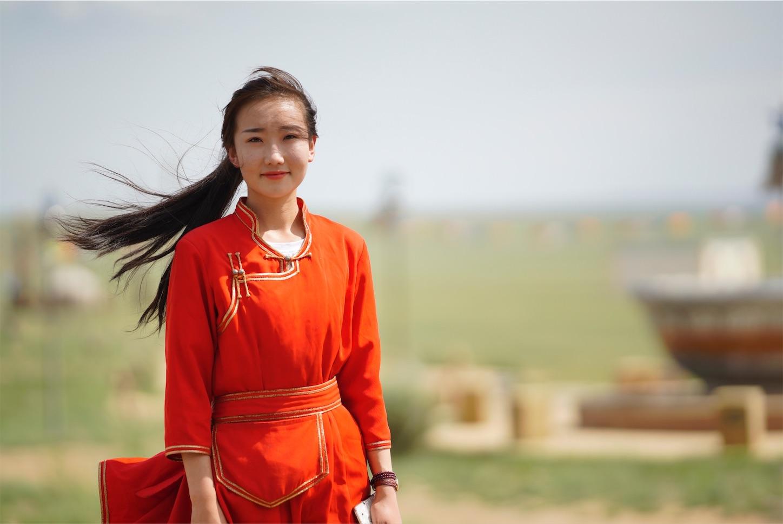 草原の美女,135mmArt