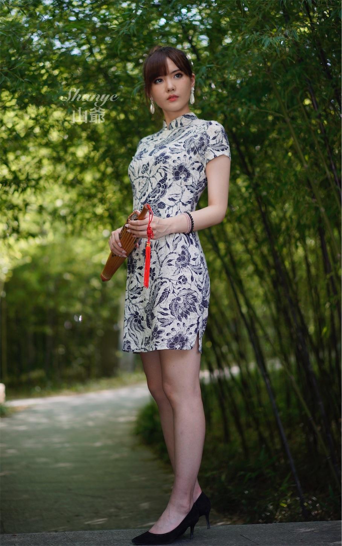 チャイナドレス青花瓷