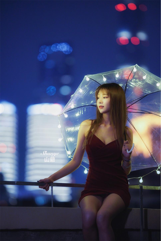 上海の夜景と美女