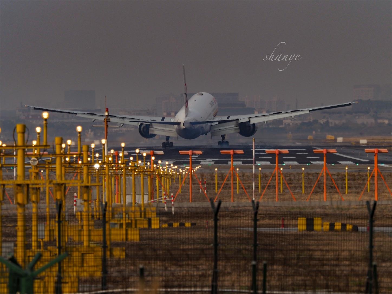 虹橋空港着陸2