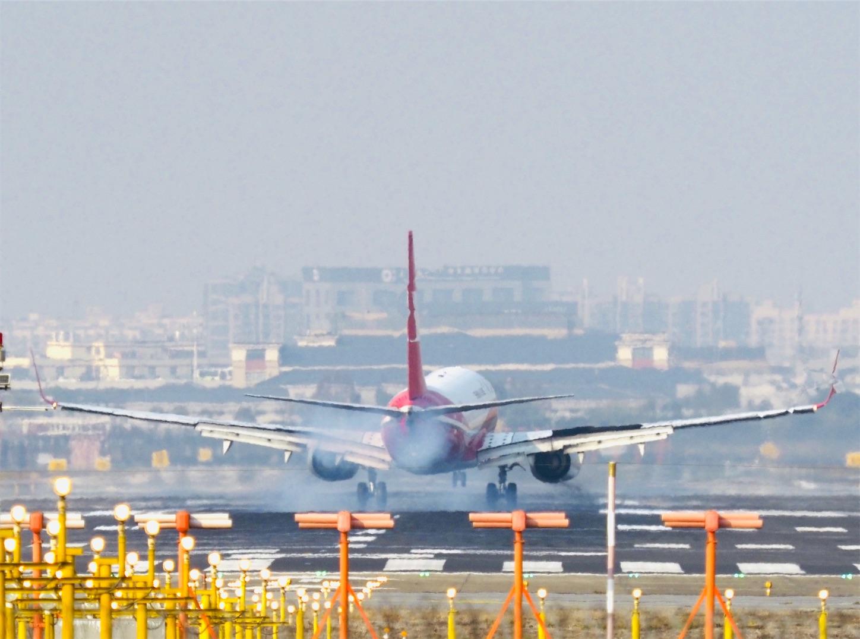 虹橋空港着陸