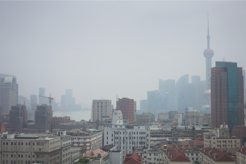 霧の都上海