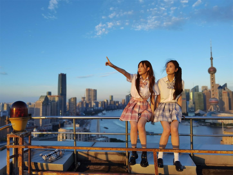 上海申華金融ビルの屋上ポートレート