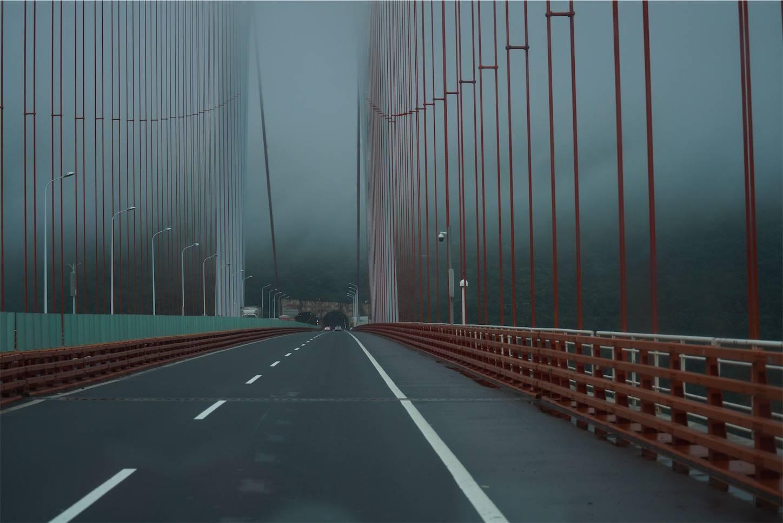 貴州省旅行5日間,安順から興義までのバスの車窓から3