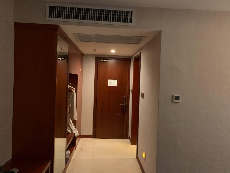 ホテル興義皇冠酒店(Crown Hotel)