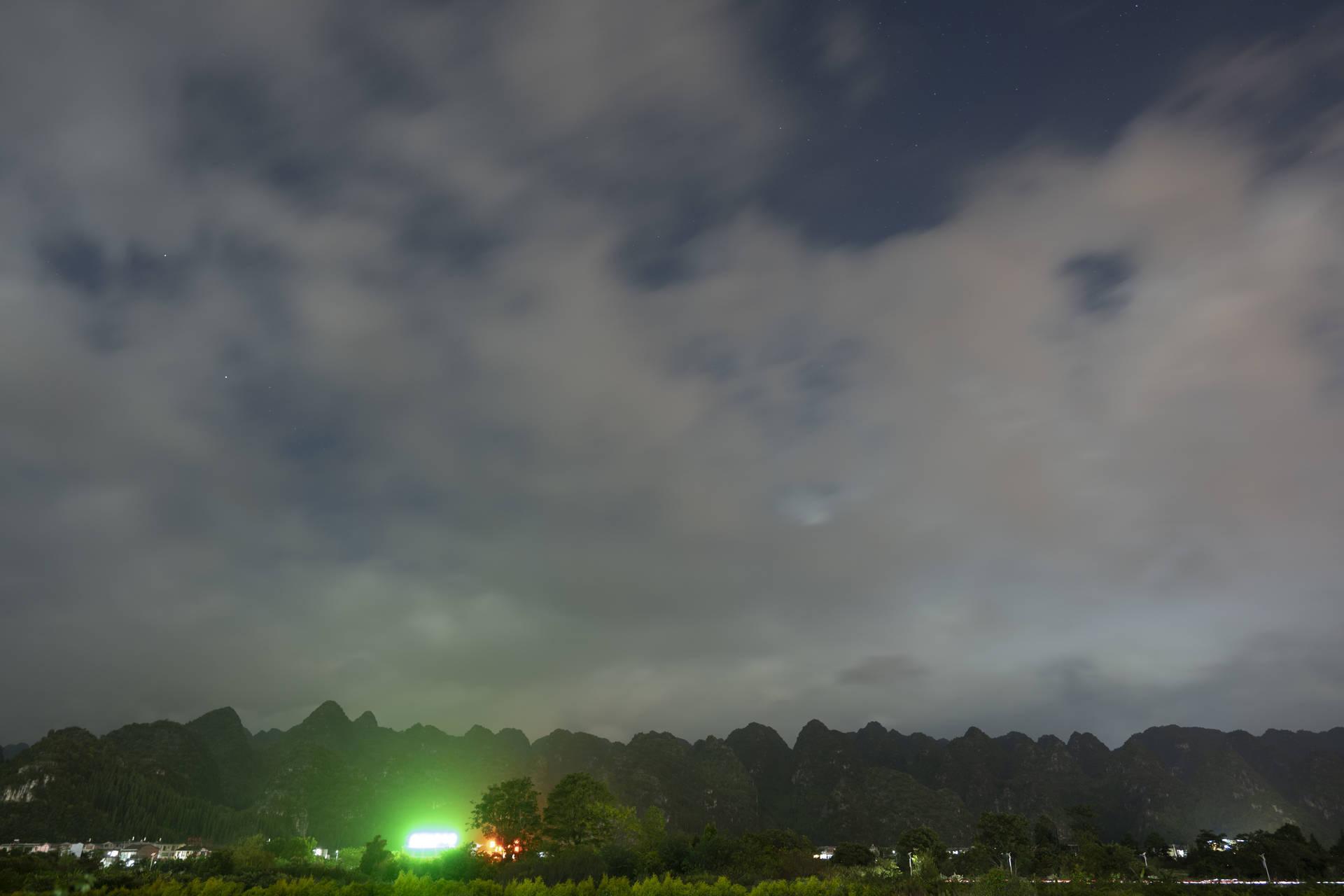 夜の万峰林