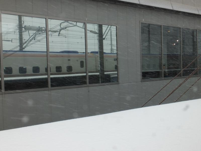 鉄道博物館あたりで停車