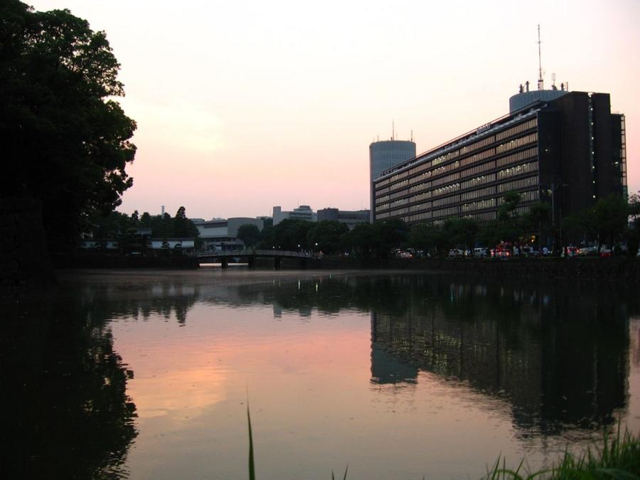 平川門&パレスサイドビル