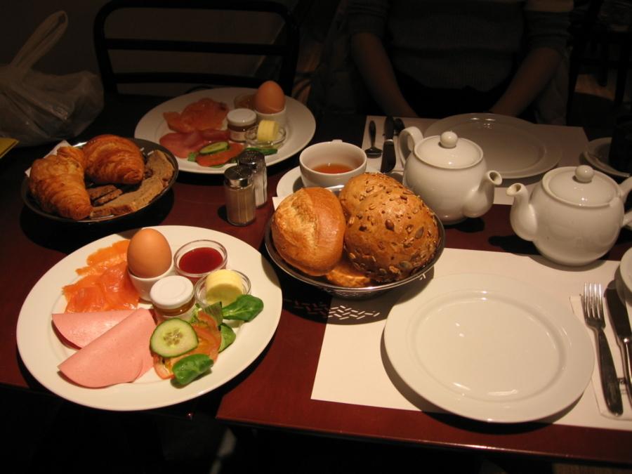 ケルンFassbenderの朝食