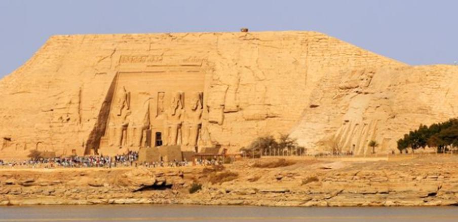エジプトの世界遺産・アブ・シンベル神殿