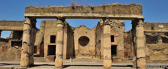 イタリアの世界遺産・エアポンペイ、エルコラーノ及びトッレ アヌンツィアータの遺跡地域