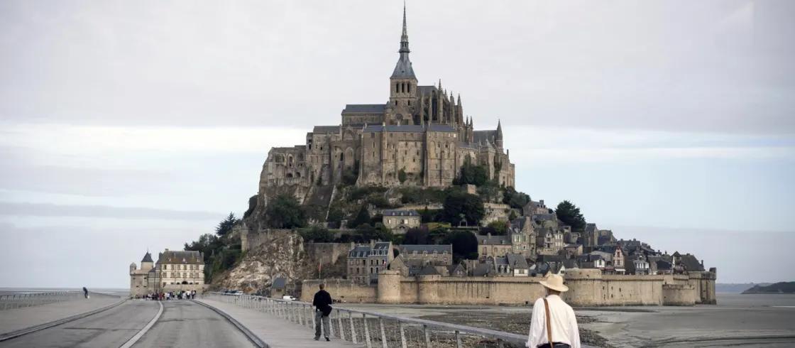フランスの世界遺産・モンサンミッシェルとその湾