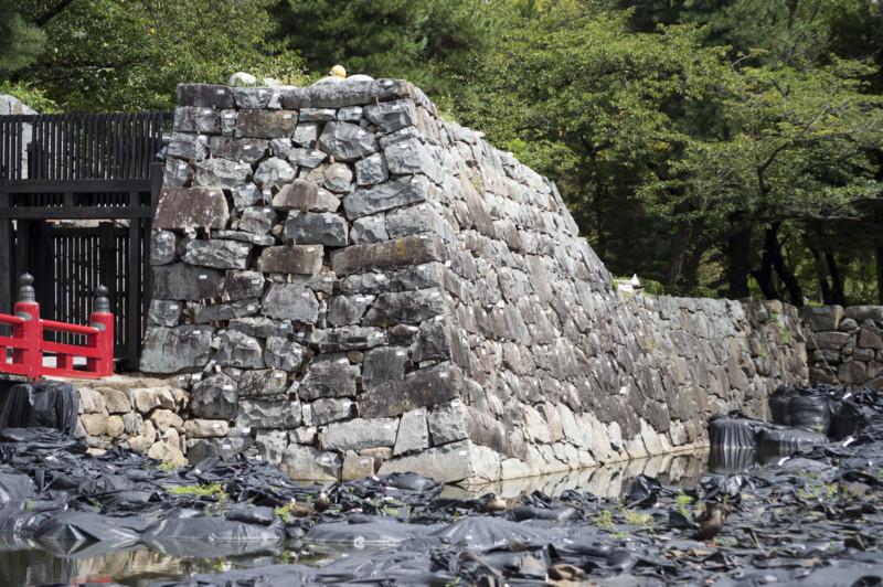 松本城 修復中の石垣