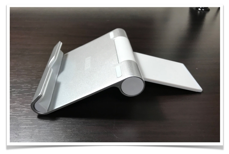 iPad-stand-Anker-compact-multiangle-stand-full-open