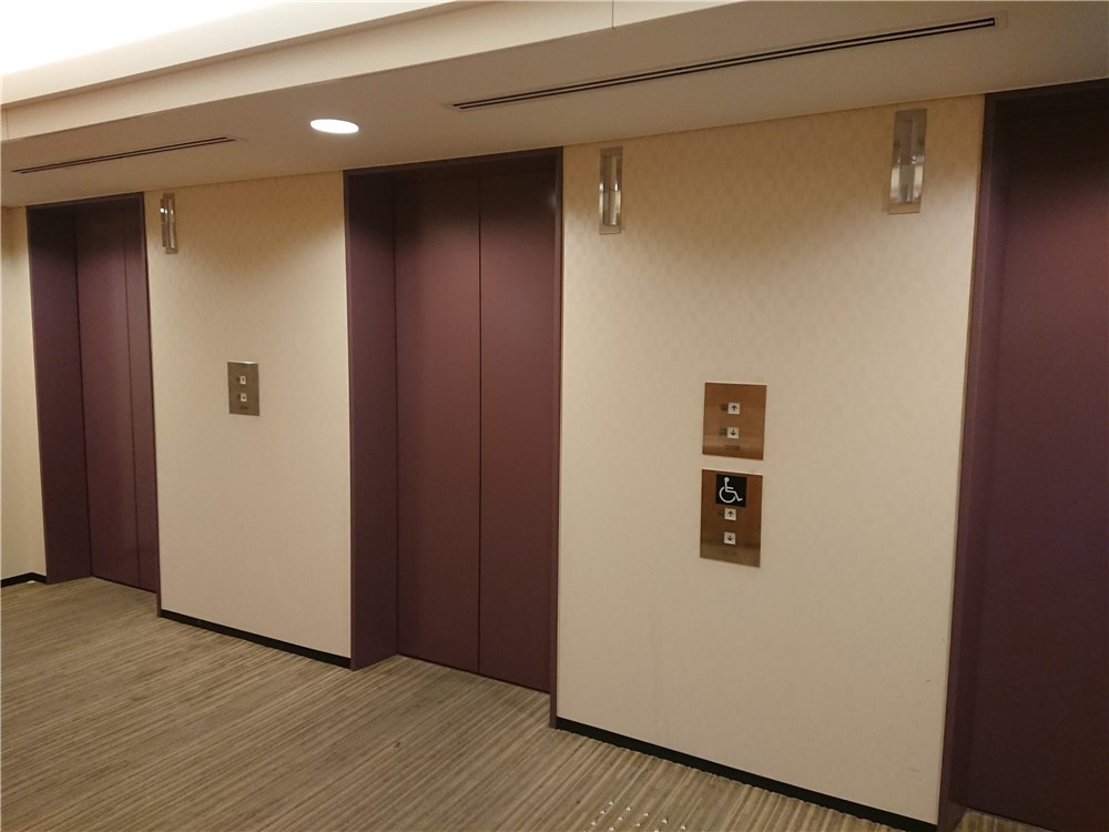 ホリデイ・イン大阪難波