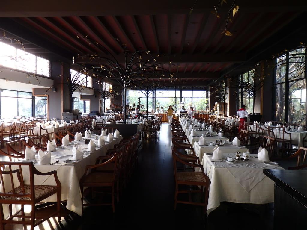 ヘリタンスカンダラマ 早朝のレストラン
