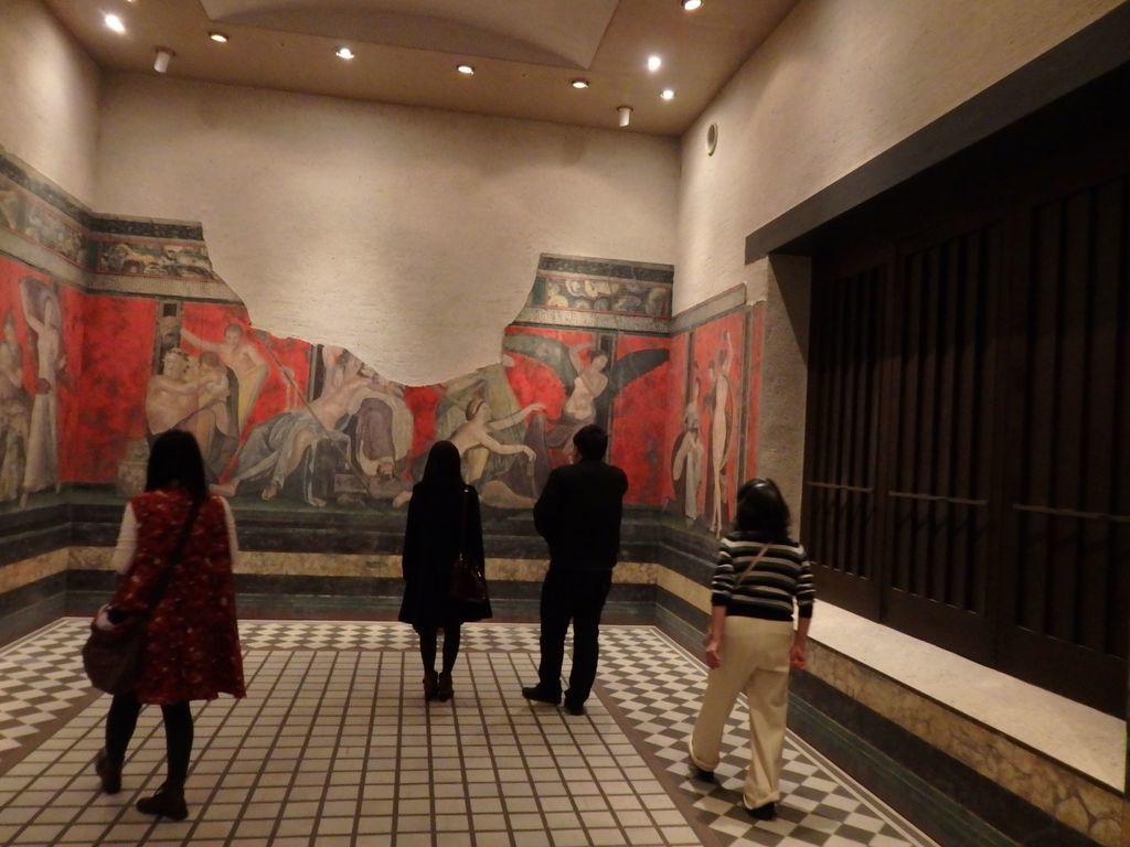 大塚国際美術館 イタリアのポンペイの遺跡「秘儀の間」