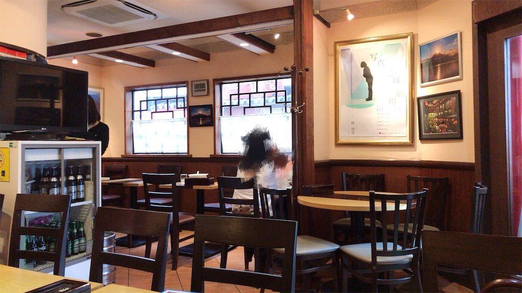 錦糸町駅南口 劉の店(リュウノミセ) 平日の12:30過ぎの店内の様子