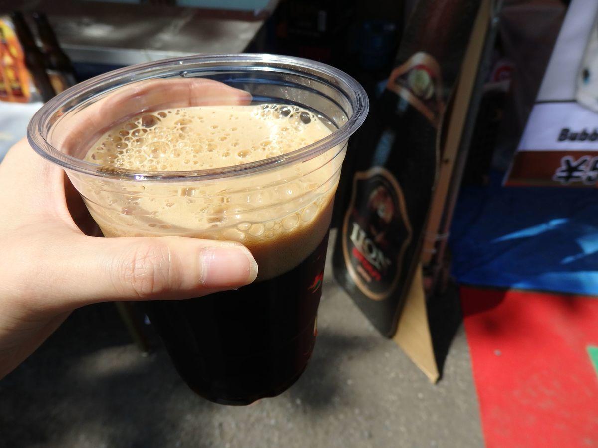 代々木公園で行われたスリランカフェスティバル2019 ドリンクブース出展 ライオンビール コーヒーのような濃厚な香りの黒ビールライオンスタウトビール