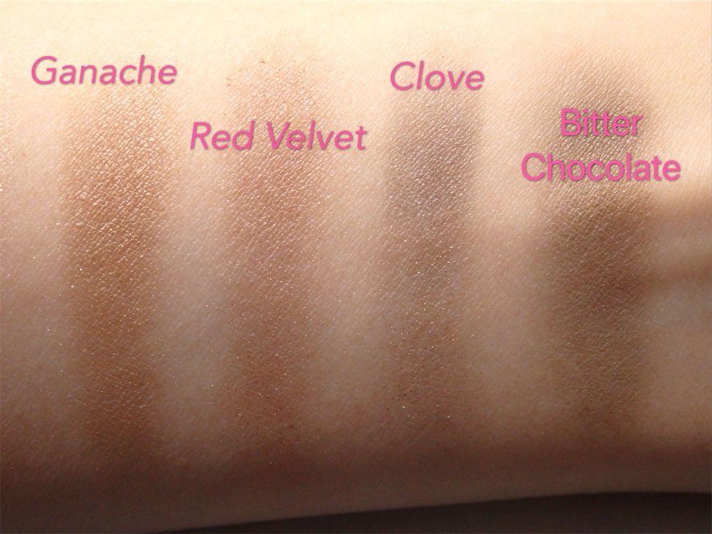 イギリスロンドン発のミネラルコスメブランド・リリーロロ(Lily Lolo)の8色アイシャドウパレット「Lily Lolo Pure Indulgence Eye Palette」色味・カラー。ガナッシュ(Ganache)、レッドベルベット(Red Velvet)、クローブ(Clove)、ビターチョコレート(Bitter Chocolate)