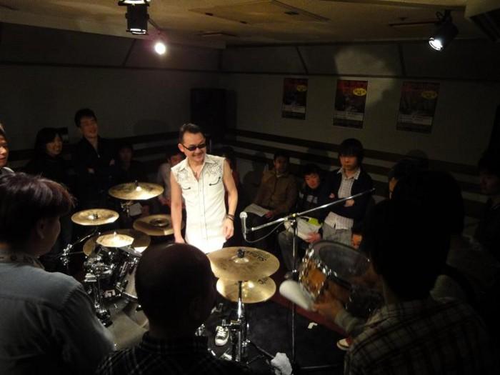 f:id:shimamura-music:20100330120546j:image