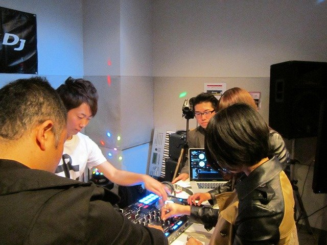 f:id:shimamura-music:20121219164442j:image