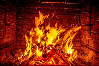 fireplace-620427_1280.jpg