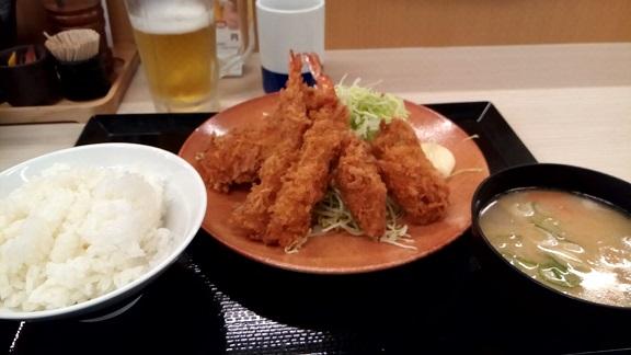 f:id:shimbashiekimae:20161109115937j:plain