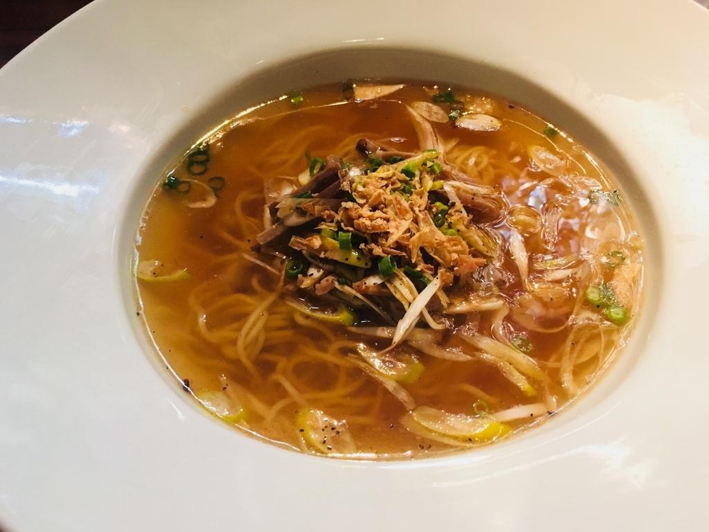 白葱と叉焼の細切りスープソバ