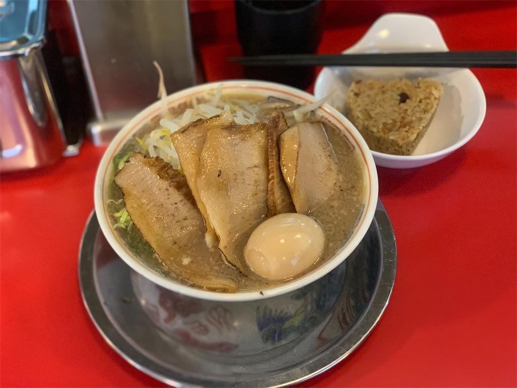 博多だるまの炙りトロ肉チャーシュー麺