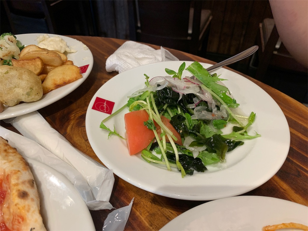 SALVATORECUOMO&BARで食べたサラダ