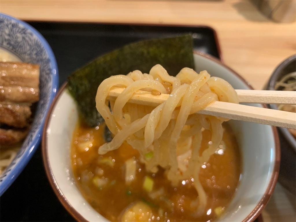久楽の麺と漬け汁