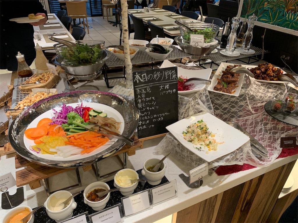 ANAクラウンカフェのサラダコーナー