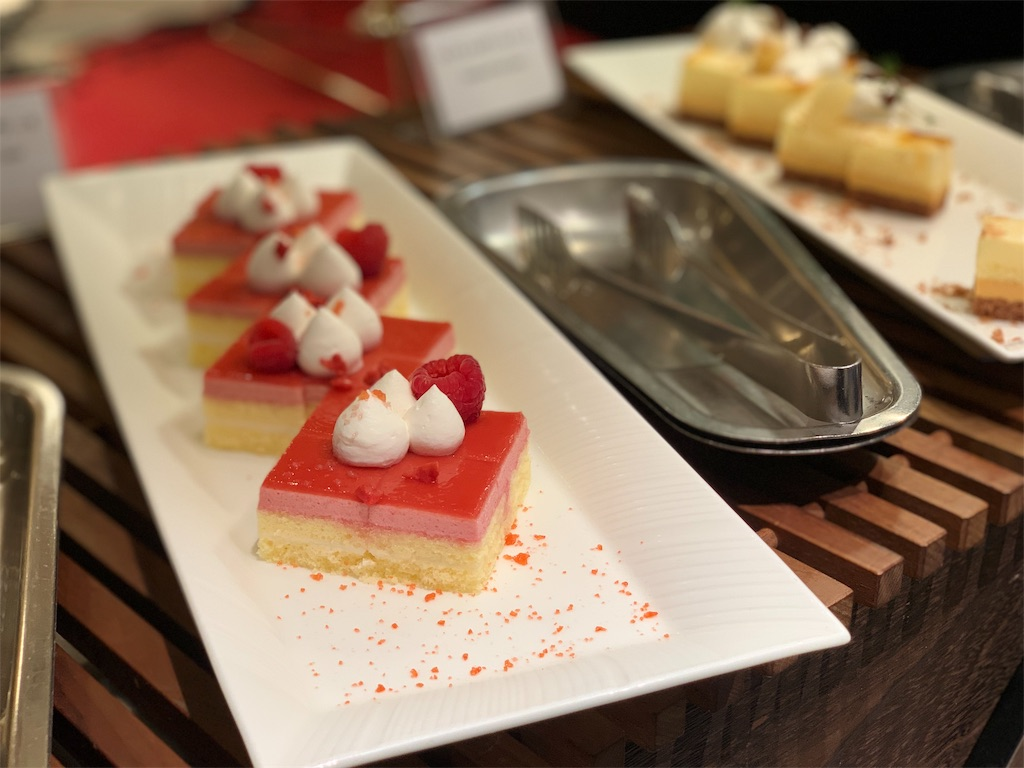 ANAクラウンカフェのデザートコーナー